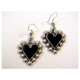 Vintage Alpaca Mexico Sterling Silver And Black Onyx Heart Earrings