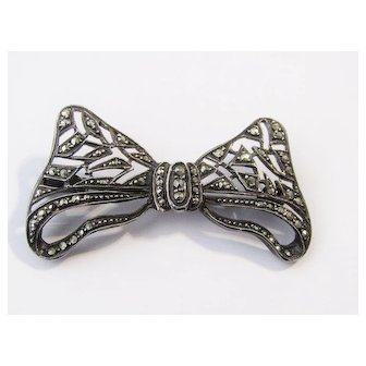 Vintage Bow Sterling Silver Marcasites Brooch Pin