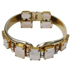 Vintage Mother Of Pearl Aurora Borealis Rhinestones Bracelet Earrings Set Demi Parure