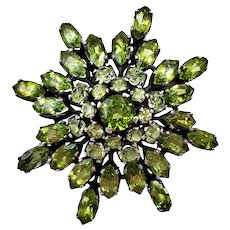 Vintage Peridot Glass Rhinestones Domed  Brooch Pin
