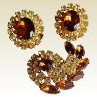 Stunning Vintage Taupe Topaz Yellow pronged Rhinestone Large faceted stone earrings brooch costume set