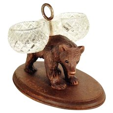 Charming Bear Double Salt Black Forest Carving ca. 1900