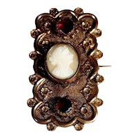 Amazing Old Brooch Garnets and Shell Cameo Victorian Era