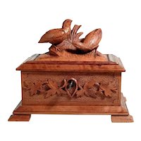 Hand Carved Jewelry Casket Game Birds Black Forest ca. 1880/1900