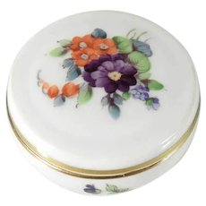 Lovely Porcelain  Pillbox Box Hand Painted Manufactory Rosenthal