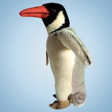 Peggy – Funny Penguin