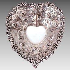 Gorham Sterling Heart Dish #956, Footed Trinket or BonBon Bowl, Silver Valentine