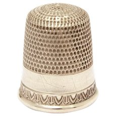 Sterling Simons Thimble Repeating Design, Bold & Delicate, Size 8