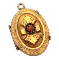 Antique Victorian Costume Locket Bright Etruscan Gold Tone