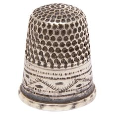 Antique Sterling Thimble Zig Zag Design, Size 6