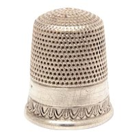 Sterling Simons Thimble Draped Design with Tiny Arrows, Size 10