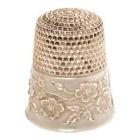 Antique Sterling Thimble Ketcham & McDougall Wild Roses, Raised Design, MKD Size 8