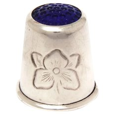 Sterling Thimble Blue Glass Honeycomb by Haakon Jakobsen of Norway, Flower Design, Size 6