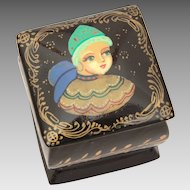 "Miniature 1"" Russian Lacquer Box with Hand Painted Fairy Tale Woman, Palekh Russia"