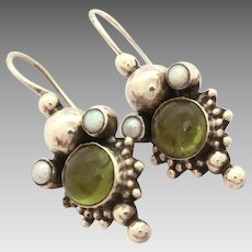 Sterling Pierced Earrings Cultured Pearl & Green Glass Gem