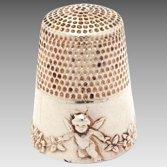 Sterling Cherub Thimble, Flying Angels with Flower Garlands