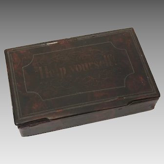 """Antique Black Lacquer Snuff Box """"Help Yourself"""" on Lid"""