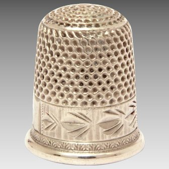 Antique Thimble Sterling Bright Cut Engraving, Size 6