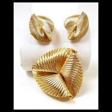 Mesmerizing McTeigue Tiffany Gold Suite c. 1960's