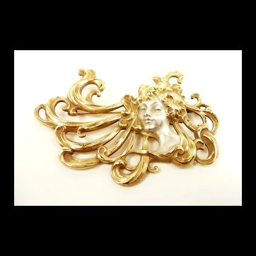 Powerful and Bold Art Nouveau Lady Brooch c. 1910