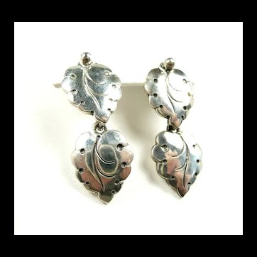 Inviting N. E. From Mid Century Leaf Earrings c. 1950