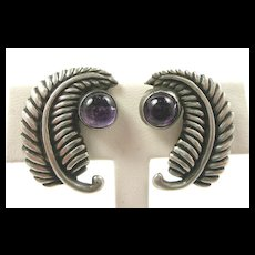 Fascinating Los Castillo Feather Earrings c. 1955