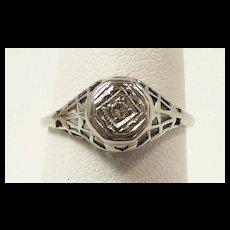Delightful Edwardian Deco Diamond Ladies Ring c. 1915