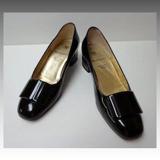 "Bruno Magli Shoes.  Italian designer. 1 ½"" heel. Black Patent Leather. Size 5  B.  Quality ++!  Mint condition."