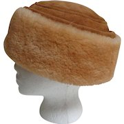 Shearling / Sheepskin Hat.  Uni-Sex.  Mint Condition.  Quality.