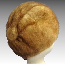 Canadian Honey Mink Hat.  Super Styled.  Perfect Condition.