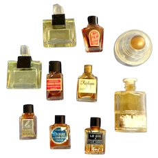 10 Mini Perfume Bottles.  Vintage. Collectible.
