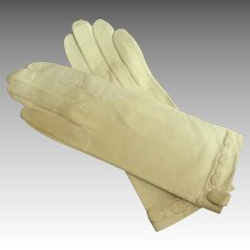 French Kid Gloves.  White.  Elegant Detail.  White.  As New.  6 1/2 Washable.  Instructions.