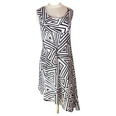 NWD New Woman Design. Empire Bust and Asymmetrical Hem Summer Dress.  Black and White.  Plus Size. Perfect Condition.