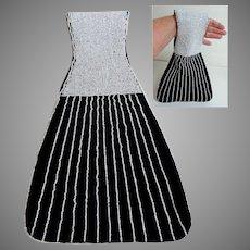 Art Deco Styling.  Totally Elegant White Beaded and Black Velvet Handbag / Purse.  As New Condition.
