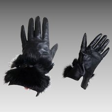 Genuine Leather with Genuine Fur Trim Gloves.  Wool Lined. Black. As New Condition.