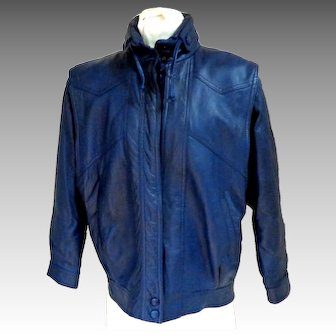 BAGATELLE Genuine Leather  Jacket.  Bomber Style.  Navy.  Quilted Lining.  As New Condition.