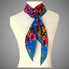 Liz Claiborne Designer 100% Silk Scarf.  Long  Bias Cut.  Flowers.  Gorgeous.  Mint Condition.