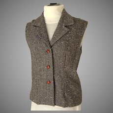 Vest.  Herringbone Wool Tweed.  Lined.  Sl. Fitted.  Leather Buttons.  Quality.  Perfect Condition.