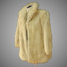 Genuine Wolf Fur Coat.  Off White.  German Made.  Size 36 (US 8).  Perfect Condition. Quality.