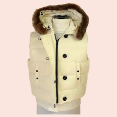 Vintage GAP Puffy Hooded Vest.  Size XL.  Faux Fur Trim.  Off-White.  As New Condition.