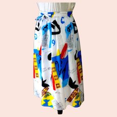 Gathered 1990's Classic Polyester Skirt.  Wonderful Graphics.  Very Attractive.  Mint Condition.