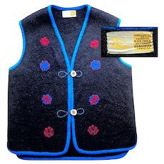 Felted Wool Vest with Antler Horn Buttons.  Handcrafted by Canadian Eskimos. Perfect Condition.