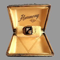 Men's 10 k Gold and Onyx Signet Ring.  Size 10.  Mint Condition.