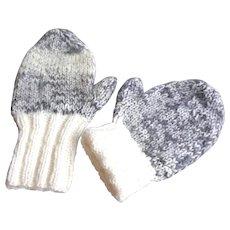 Huge Men's Mittens.  Hand Knit.  Mint Condition.