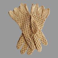 Crocheted Gloves.  Light Tan / Ecru.  Unusual Pattern.  Size Approx. 7.  Mint Condition.