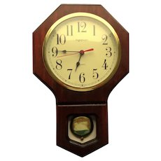 Ingraham Wooden Wall Clock with Pendulum.  Quartz.  Mint.  Working Condition.