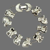 Cats / Kitties  with Moons Bracelet.  Silver Tone.  Mint Condition.