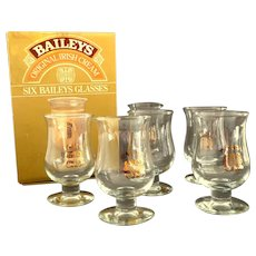 BAILEYS IRISH CREAM Liquor Set of 6 Stemware Glasses with Gold Logos in Original Box.  Perfect Condition.