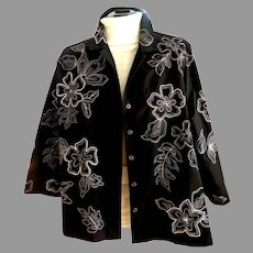 Vintage Black with White Topstitching Blouse.  Plus Size.  Gorgeous.  Perfect Condition.