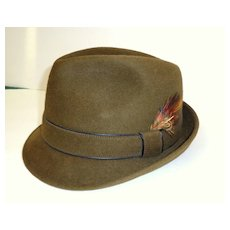 Man's Snap Brim Fedora Hat.  Olive Green Velour / Fur Felt.  Totally elegant! 1950's - 60's.  Perfect Condition!